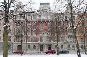 Militärsällskapet i Stockholm. Valhallavägen 104.