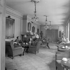 Interiörbild från sällskapets lokaler på Kommendörsgatan år 1960.